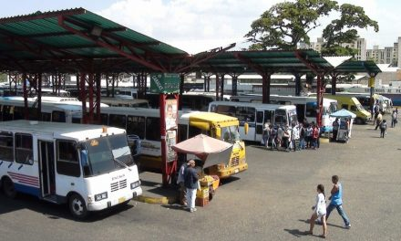 El pasaje interurbano sigue en aumento en Caracas y Valles del Tuy