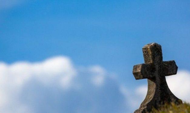 Profanan tumbas en el cementerio de Ocumare del Tuy