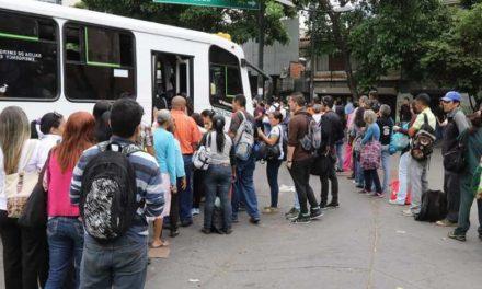 😲 Chóferes del transporte público aumentan pasaje desde 800 Bs 😲
