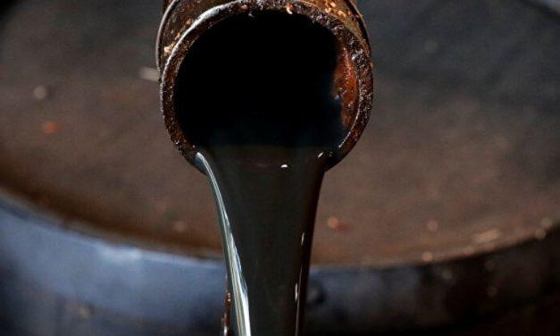 Venezuela: considera pagar deuda externa con barriles de petróleo
