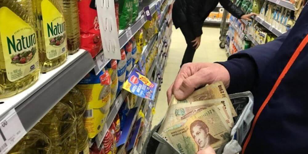 😮 Venezuela: la inflación se duplica y cierra en enero en 65,4% según AN 😮