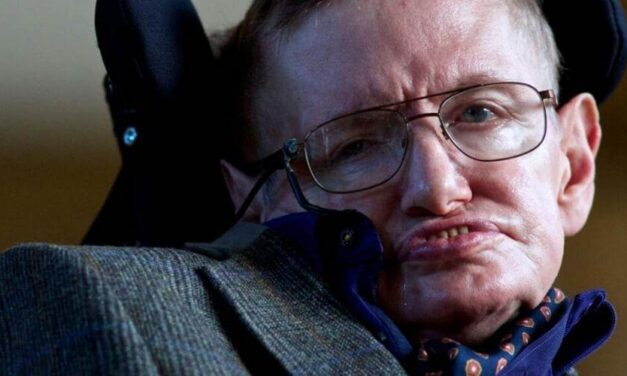 ✅ Stephen Hawking hizo la advertencia, aquí tenemos al virus ✅