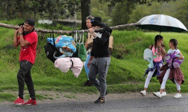 ✅ Venezolanos retornan a Colombia después de anuncios de reactivación de la economía ✅