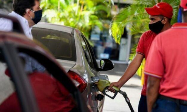 😮 Maduro anuncia que Venezuela tiene una reserva de gasolina para 20 días 😮
