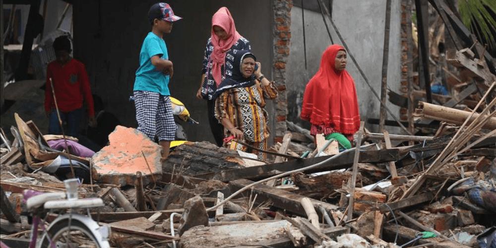 Inundaciones y deslizamientos de tierra dejan muertos en Indonesia y Timor Oriental