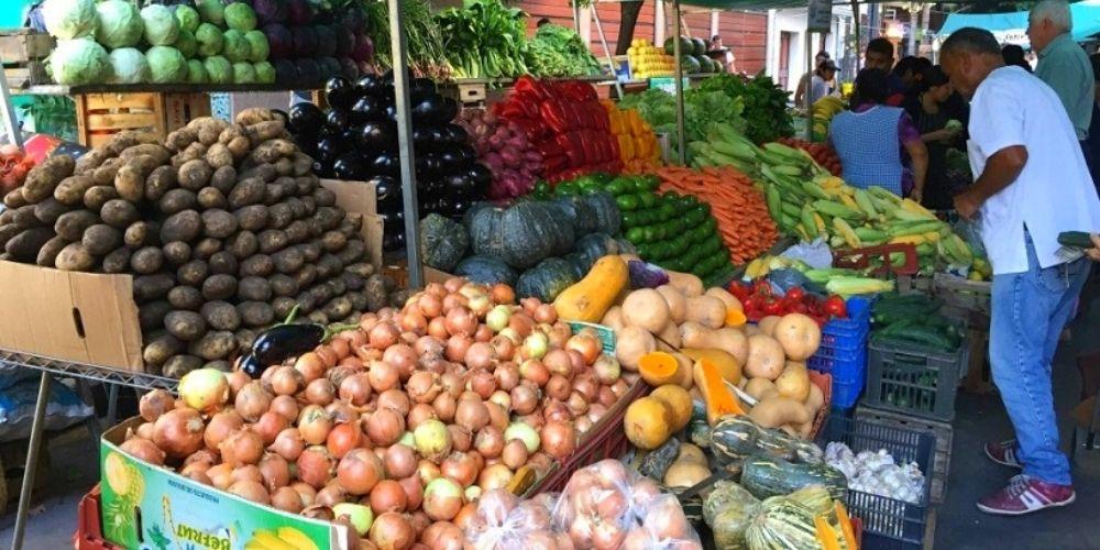 escasez-de-gasolina-ha-generado-un-aumento-del-30-en-el-precio-de-las-verduras-economia-movidatuy.com