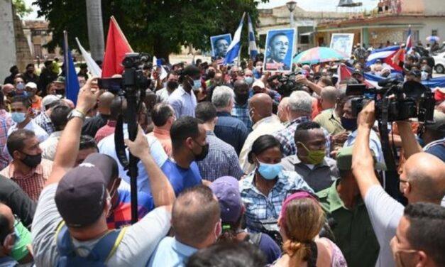 Gobierno de Cuba sorprendido por protestas callejeras