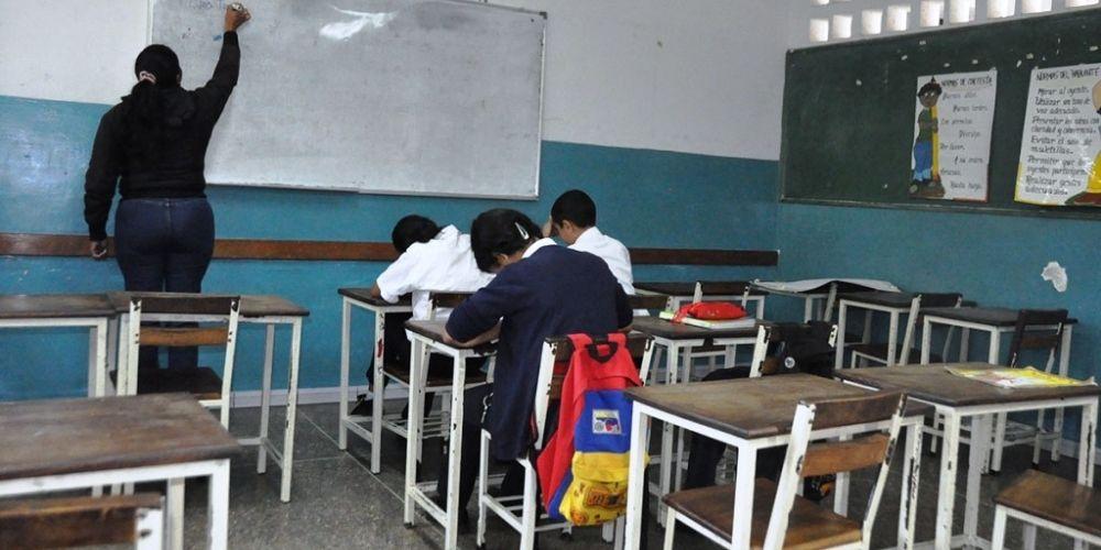✅ Estudiantes ocuparán solo 50% de los salones en el reinicio a clases ✅