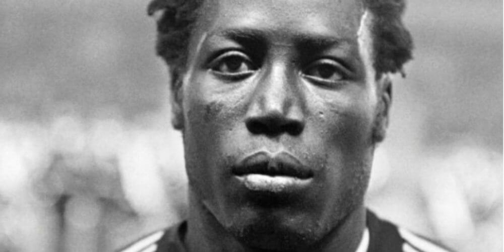 Muere el futbolista Jean-Pierre Adams luego de 39 años de estar en coma